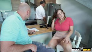 Masseur brazenly fucked right on the table his delicious client Jayden Jaymes